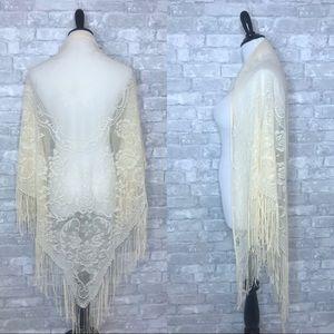 Vintage floral fringe shawl